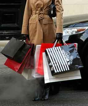 Što sve vole žene, prikaži slikom - Page 6 Shopping_Bags_woman