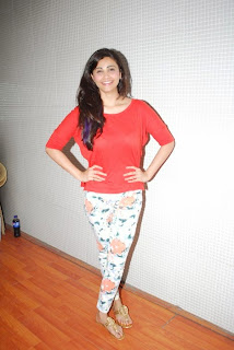 Actress Daisy Shah Pictures at New Years Eve Performance Rehearsals in Mumbai  22.JPG