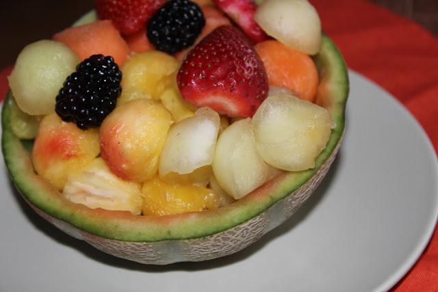 Ensalada de frutas con moras