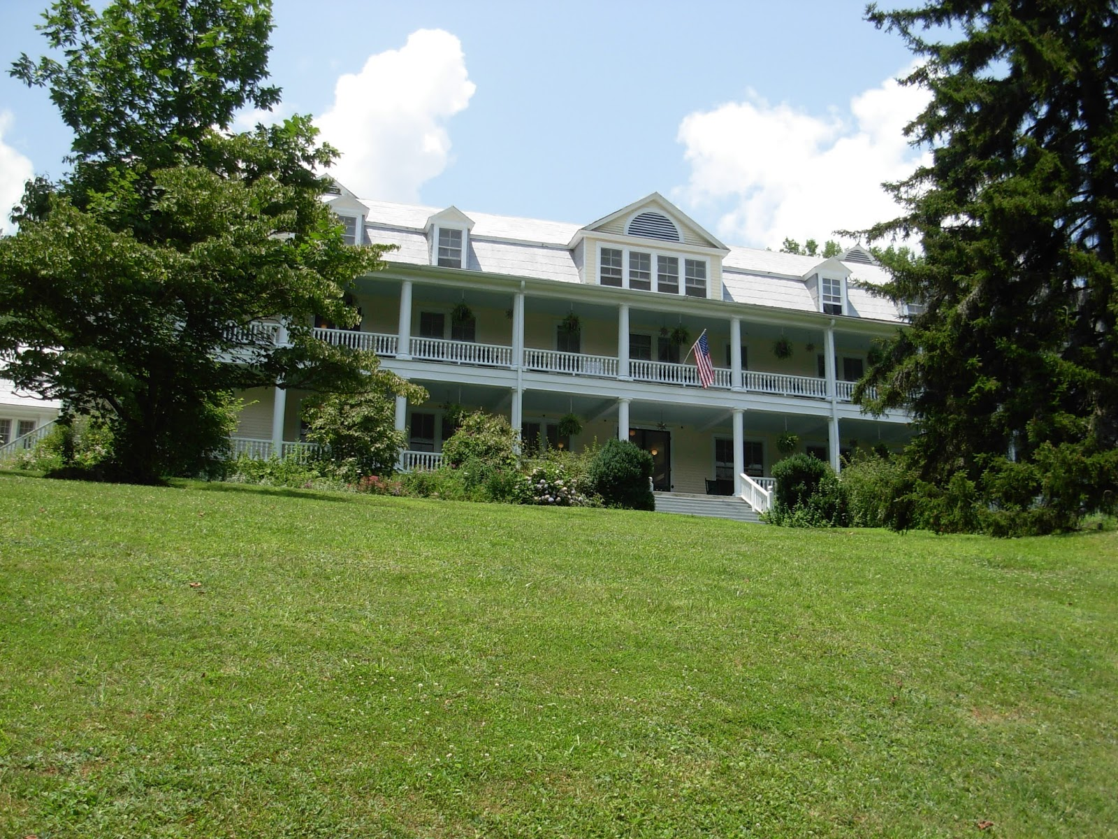 Balsam Mountain Inn Haunted Balsam Mountain Inn 2012