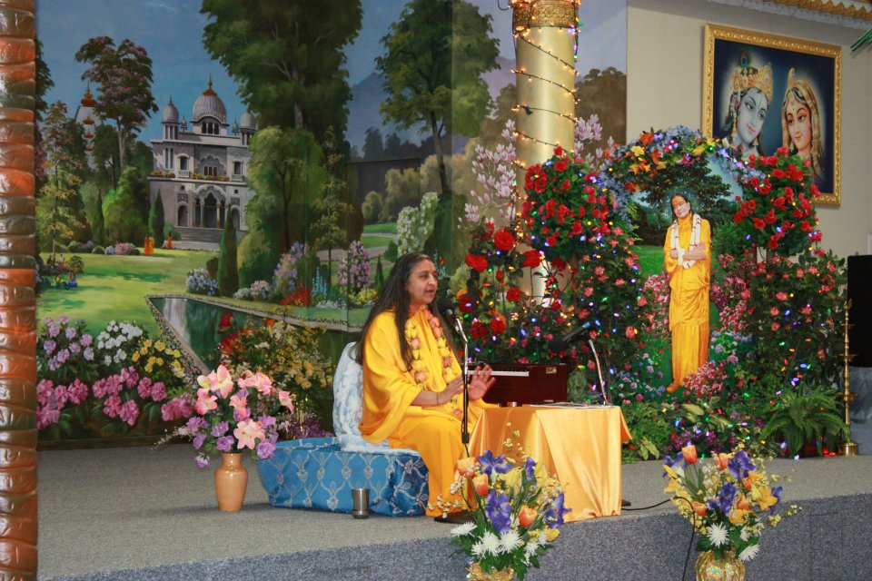 Siddheshvari Devi at Jagadguru Shree Kripaluji Maharaj's ashram in Austin, Texas, Radha Madhav Dham