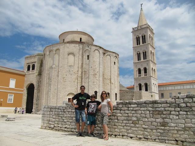 iglesia de San Donato de Zadar, campanario de Santa Anastasia de Zadar