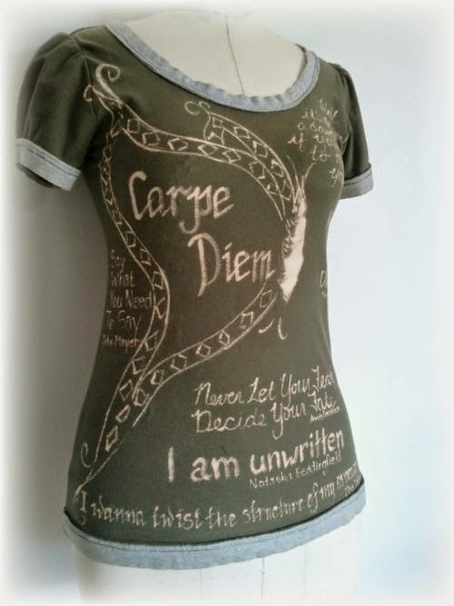 http://www.upcycleddesignlab.com/2012/08/upcycled-bleach-t-shirt-diy-tutorial-2-favorite-music-quotes.html