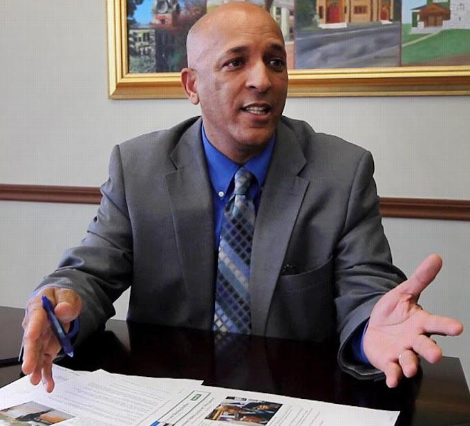 Ex alcalde dominicano de Lawrence herido en accidente en la RD