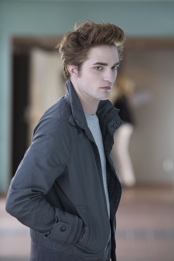 Gaddafi twilight star robert pattinson twilight edward for Twilight edward photos