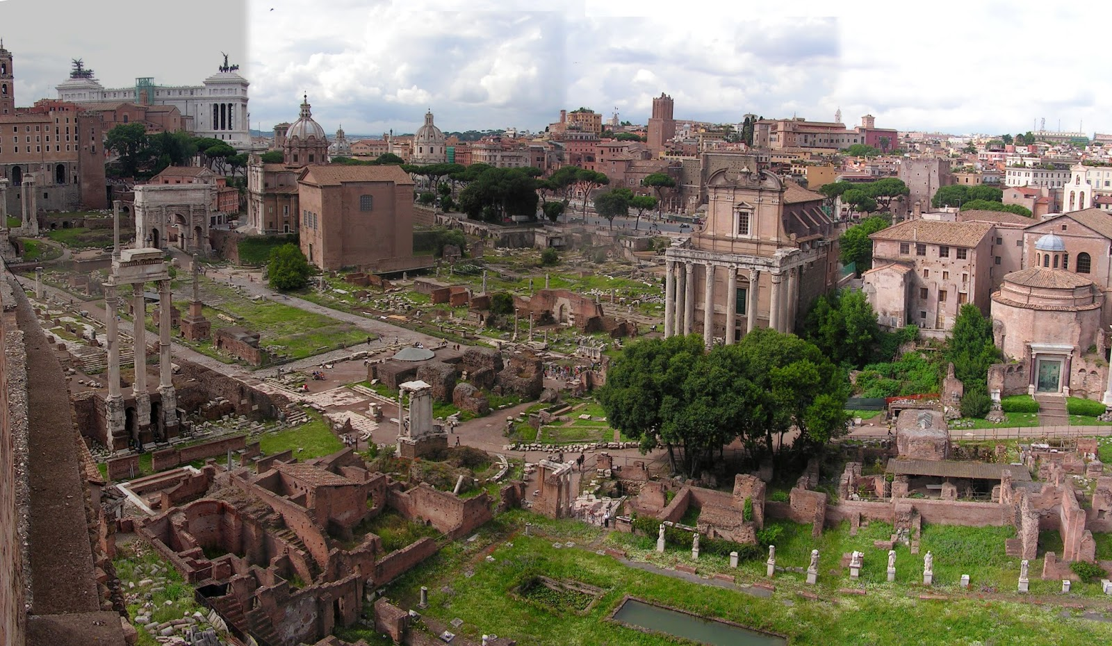 ancient roman architecture essay Romanesque architecture is an architectural style of medieval europe characterized by combining features of ancient roman and byzantine buildings and other local.
