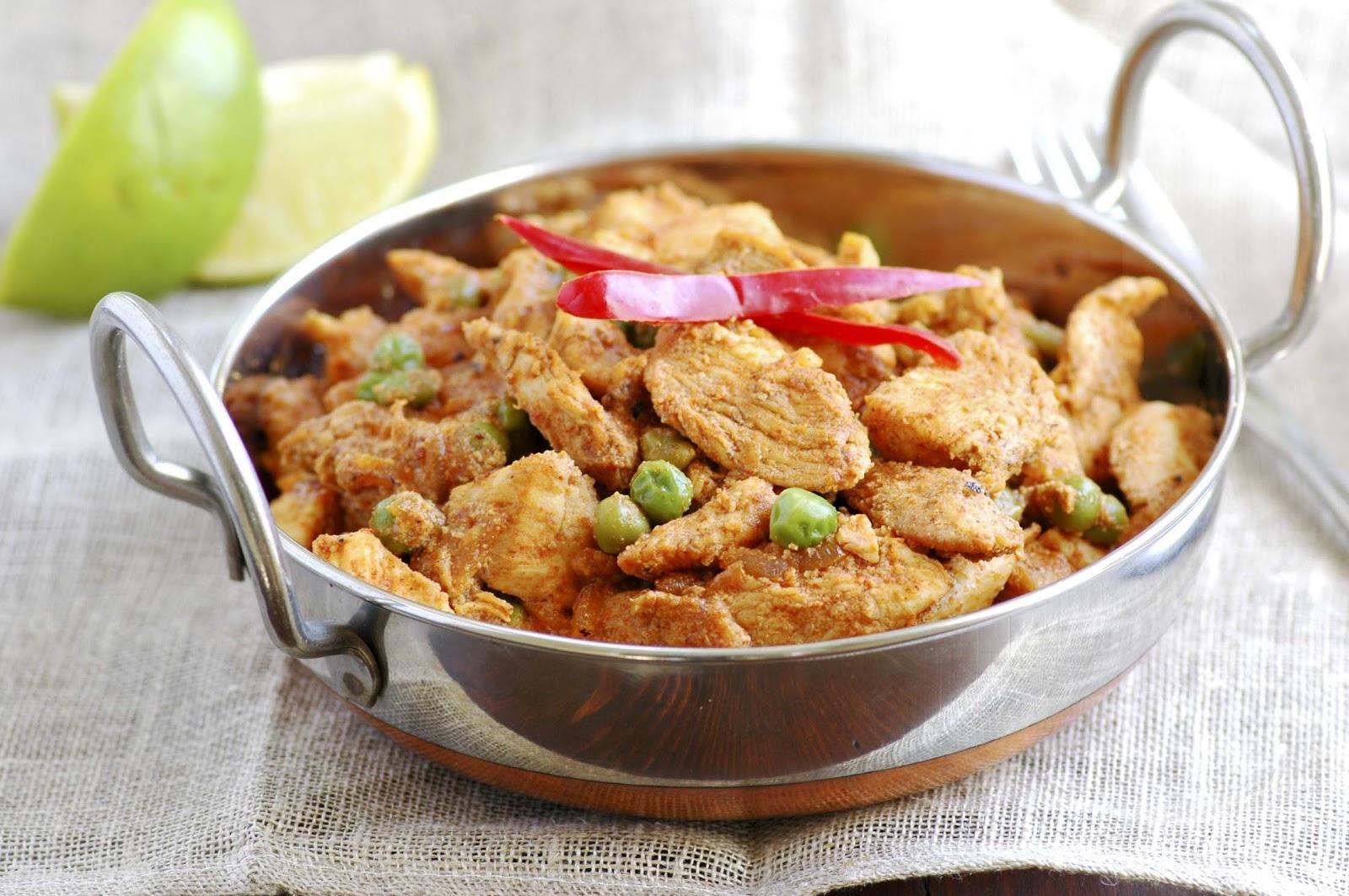 Kashmiri Chicken - MY GOLDEN PEAR