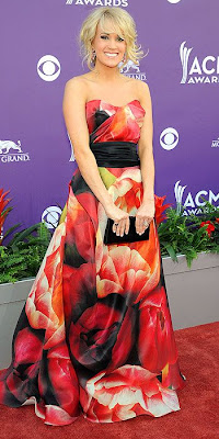 Carrie Underwood, red carpet, Naeem Khan, awards