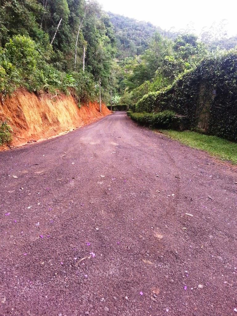 Secretaria de Agricultura trabalhou na recuperação da Estrada Guatemala, em Albuquerque - Teresópolis RJ