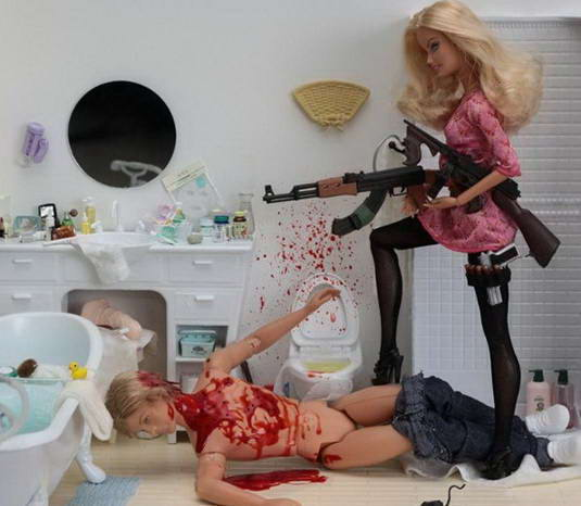 Sisi Gelap Boneka Barbie [ www.BlogApaAja.com ]