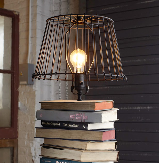Rustiques stacked book lamp diy project for Fabriquer pied de lampe