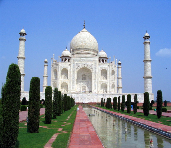 Images/Photos of the Taj Mahal in Agra