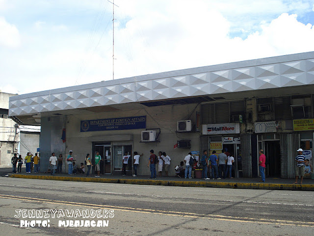 department of foreign affairs legazpi city http://jenniyawanders.blogspot.com/2011/12/cebu-plaza-independencia.html