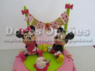Bolo aniversário Minnie e o Mickey