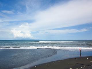 Tempat wisata pantai Rangkan