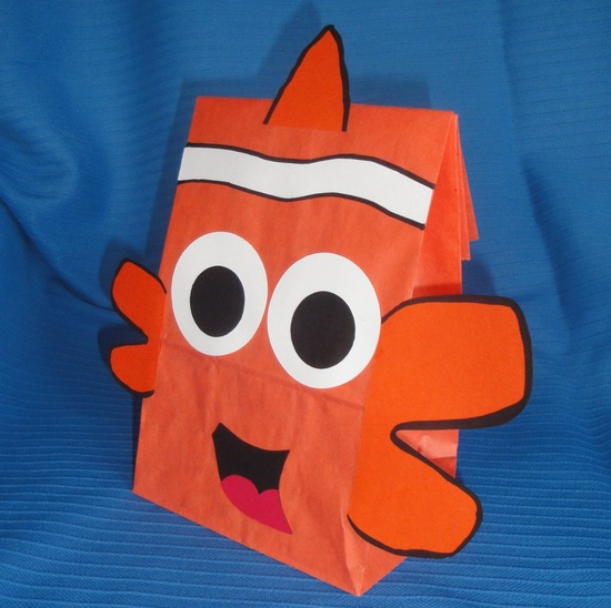 DIY Favor Bags for Nemo Themed Parties.