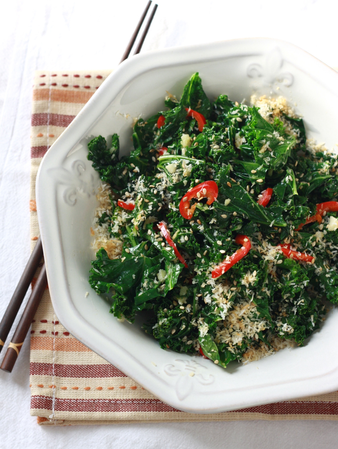 Spicy Coconut-Ginger Kale recipe by SeasonWithSpice.com