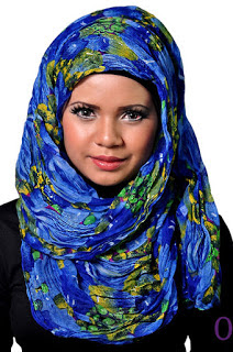 style hijab untuk wajah persegi