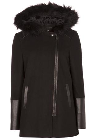 abrigo negro con pelo Primark