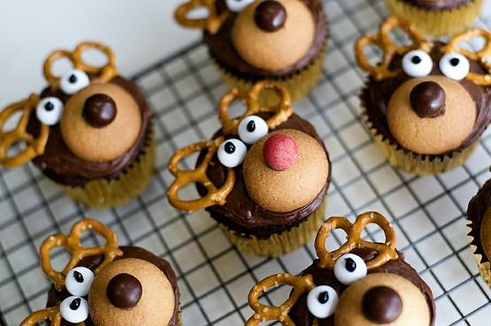 The Sweet Details: Fun Christmas Baking Ideas