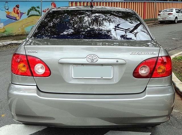 Toyota Corolla XLi Mecânico 2003 usado a venda - TRASEIRA