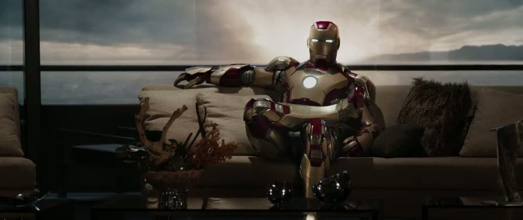 Screen Shot Of Iron Man 3 (2013) Dual Audio Movie 300MB small Size PC Movie