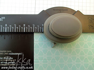 Tutorial - Fast and Fabulous Christmas Crackers made using the Stampin' Up! Envelope Punch Board