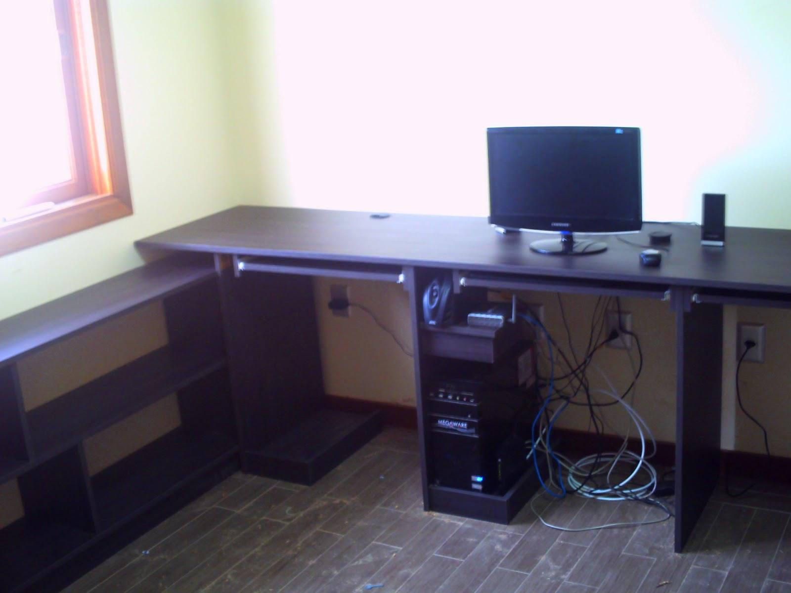 Móveis Alencastro: Escrivaninha em L #444F87 1600 1200