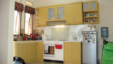 Kitchen set minimalis mbak Dini Jl. Sadar  ( Nirwana )