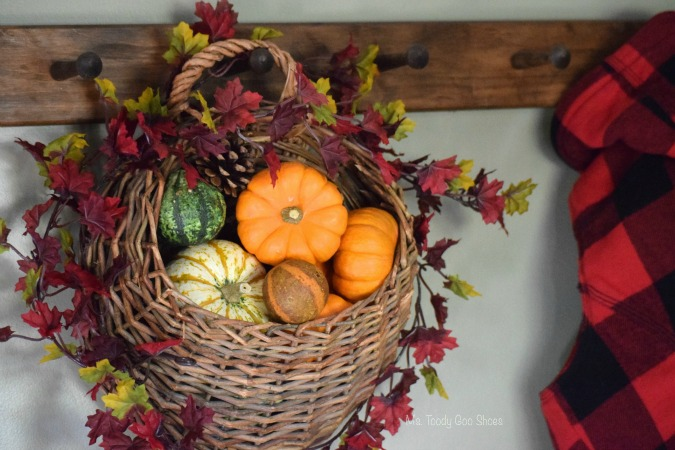 DIY Hanging Door Basket: An easy way to add some fall color to your door...or wherever! | Ms. Toody Goo Shoes