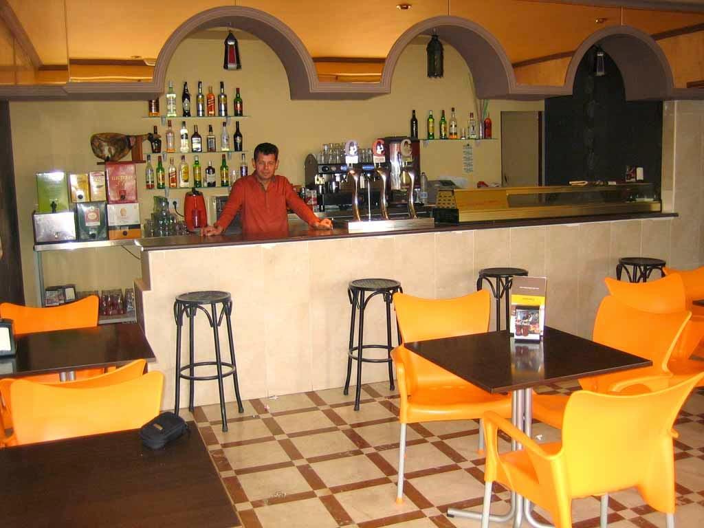 El Escaparate de Montilla: CAFÉ BAR PLAZA. Gusto por la buena cocina.