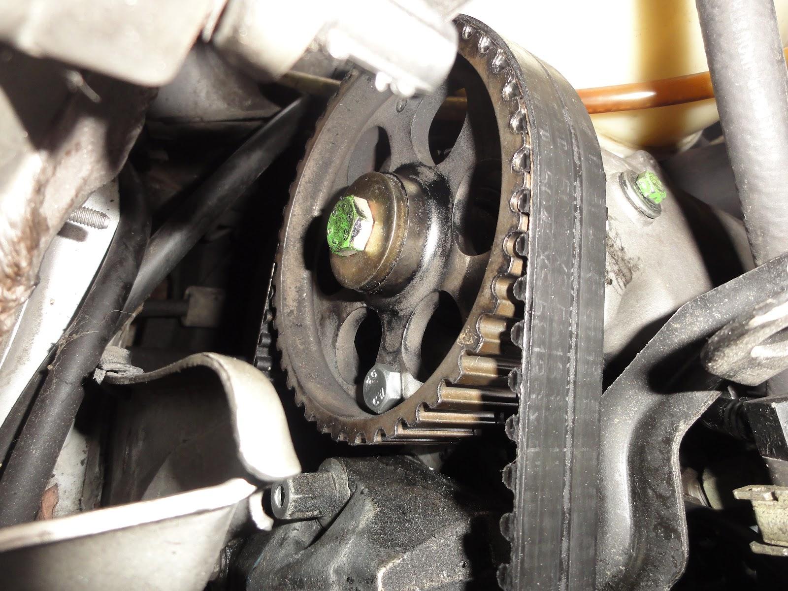 Mécanique Automobile: Tuto Distribution 205 Diesel Calage ...