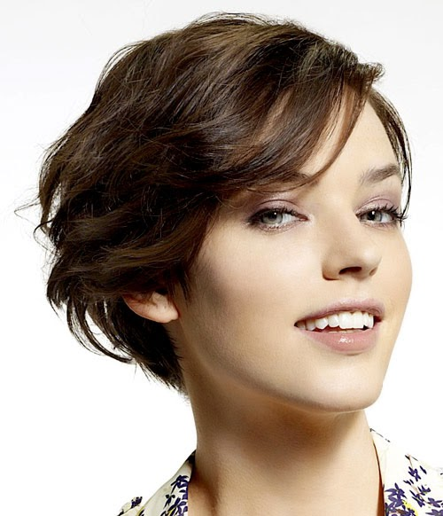 Top Hairstyle Models for Working Women