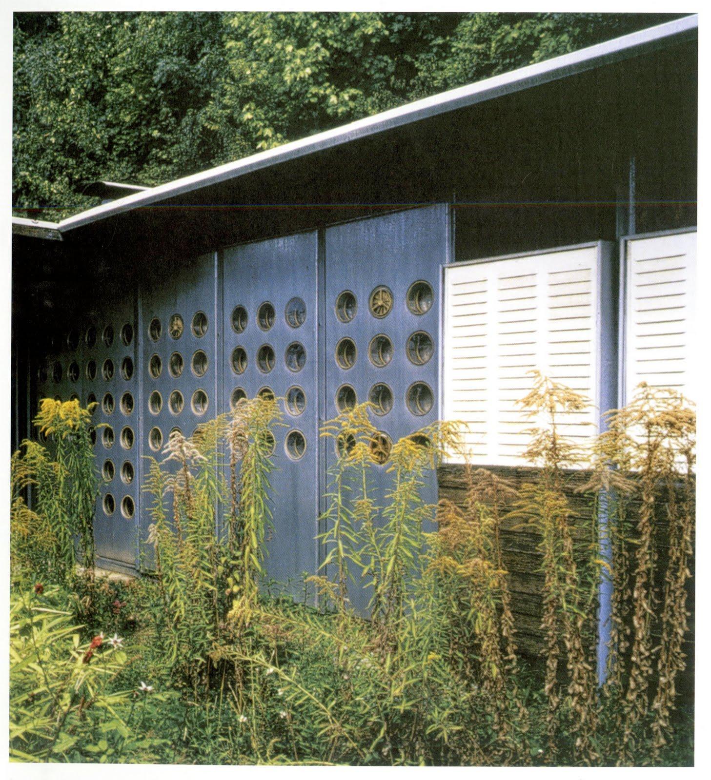 Arch 100 110 2011 les maisons tropicales maison de jean prouv 1954 - Maison de jean prouve ...
