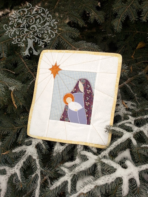 http://jillmadeit.blogspot.com/2013/12/what-child-is-this-mini-quilt-tutorial.html