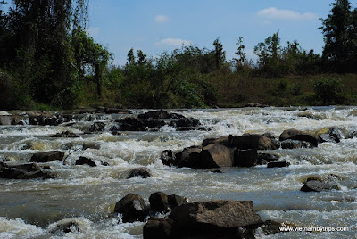 Buon ma Thuot trip - 7 branches waterfall