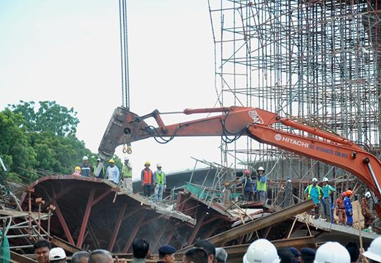 video jambatan runtuh, kes jambatan runtuh, jambatan kedua pulau pinang runtuh, jambatan ke-2 pulau pinang, jambatan runtuh, isu jambtan runtuh,