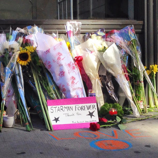 flowers and mementos outside Bowie's New York home, Jan 11 2016
