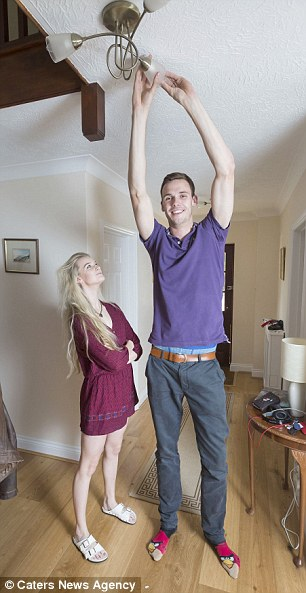 Dating a girl who is significantly taller hsn you