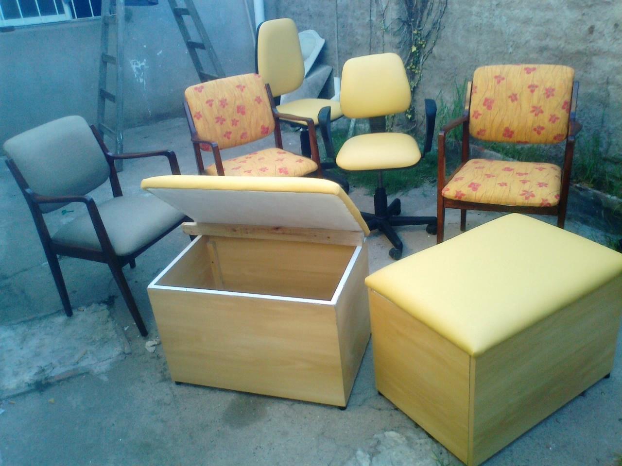 Dos sillas de escritorio tres sillas de comedor dos for Reciclado de sillones