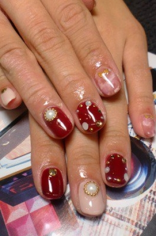 Glam-Chic-Fall-2012-Nail-Art-Designs-9