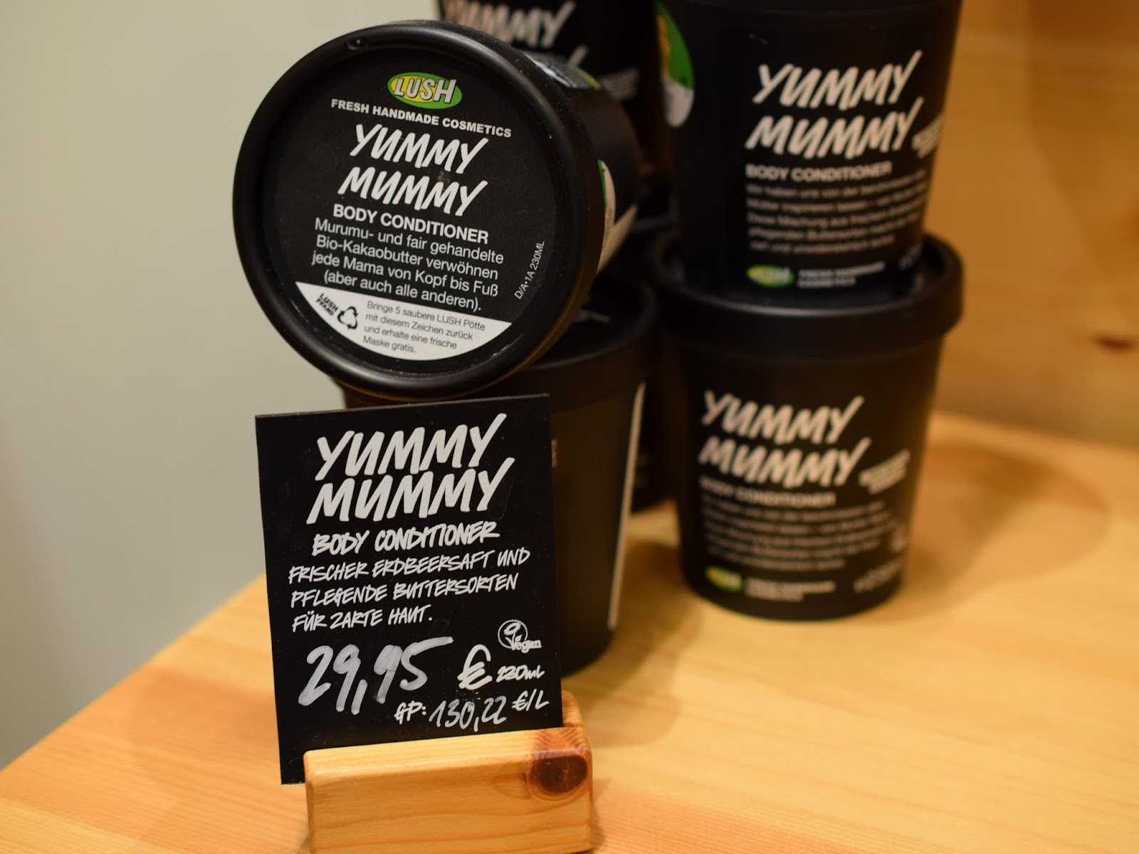 Lush Muttertag Yummy Mummy Body Conditioner