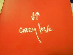 O Έρωτας είναι πάντα τυφλός και η Τρέλα πάντα τον συνοδεύει.