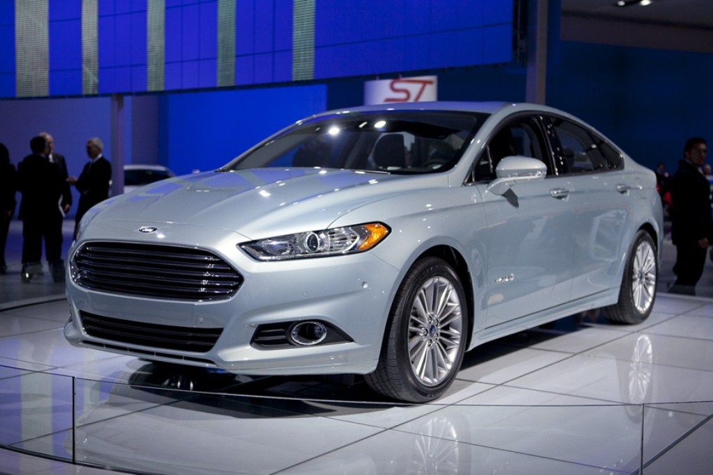 ford fusion hybrid hd 2013 gallery cars prices wallpaper specs review. Black Bedroom Furniture Sets. Home Design Ideas