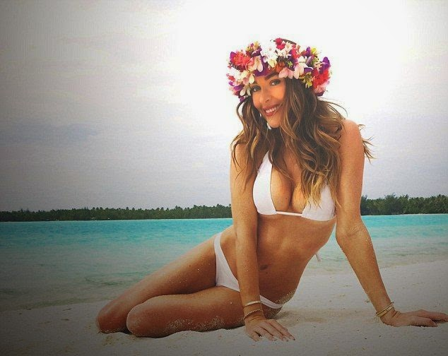 Courtney Bingham displays her Bikini Body during honeymoon in Bora Bora