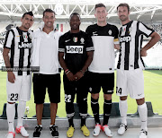 FASHION: JUVENTUS 20122013 HOME KIT