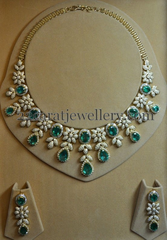 Unique yet Elegant Diamond Emerald Set - Jewellery Designs