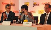 Dhanush at Idea film fare awards-thumbnail-7