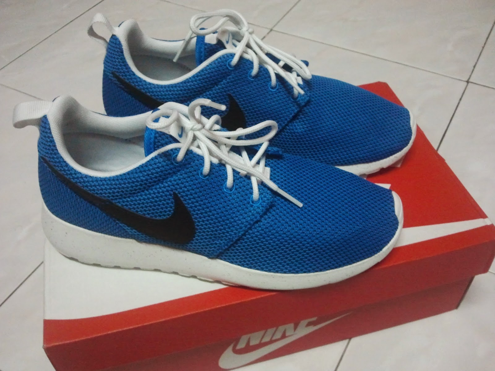 nike football shoes made in vietnam
