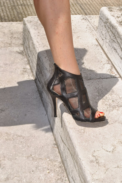 scarpe danilo di lea sandali danilo di lea stiletto nere scarpe rock scarpe pelle nera sandali pelle nera mariafelicia magno fashion blogger colorblock by felym mariafelicia magno blog di moda italiani blogger italiane di moda fashion blog italiani
